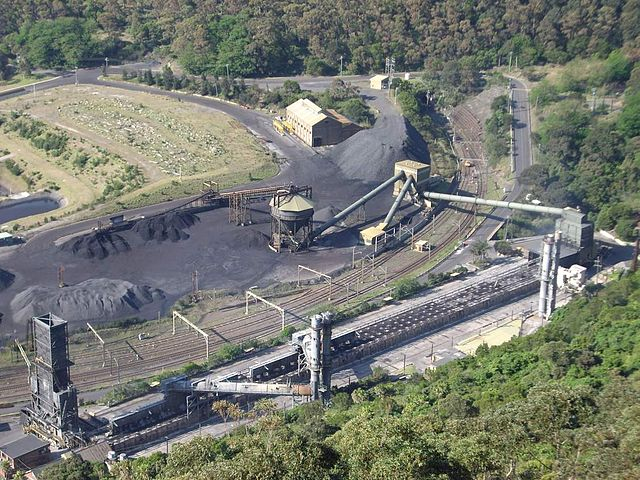 CoalcliffICC_By_Klaus-Dieter_Liss_(Own_work)__[CC-BY-SA-3.0_(http_creativecommons.org_licenses_by-sa_3.0)]_via_Wikimedia_Common